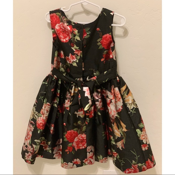 Girls Floral dress XS